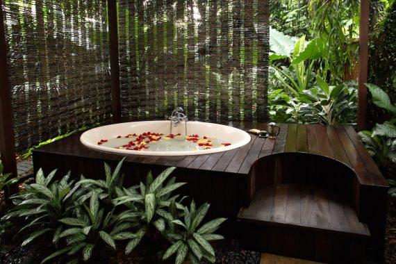 Garden-Bath